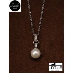 Collana con perla in acciaio